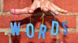 sử dụng ngôn từ trong quảng cáo